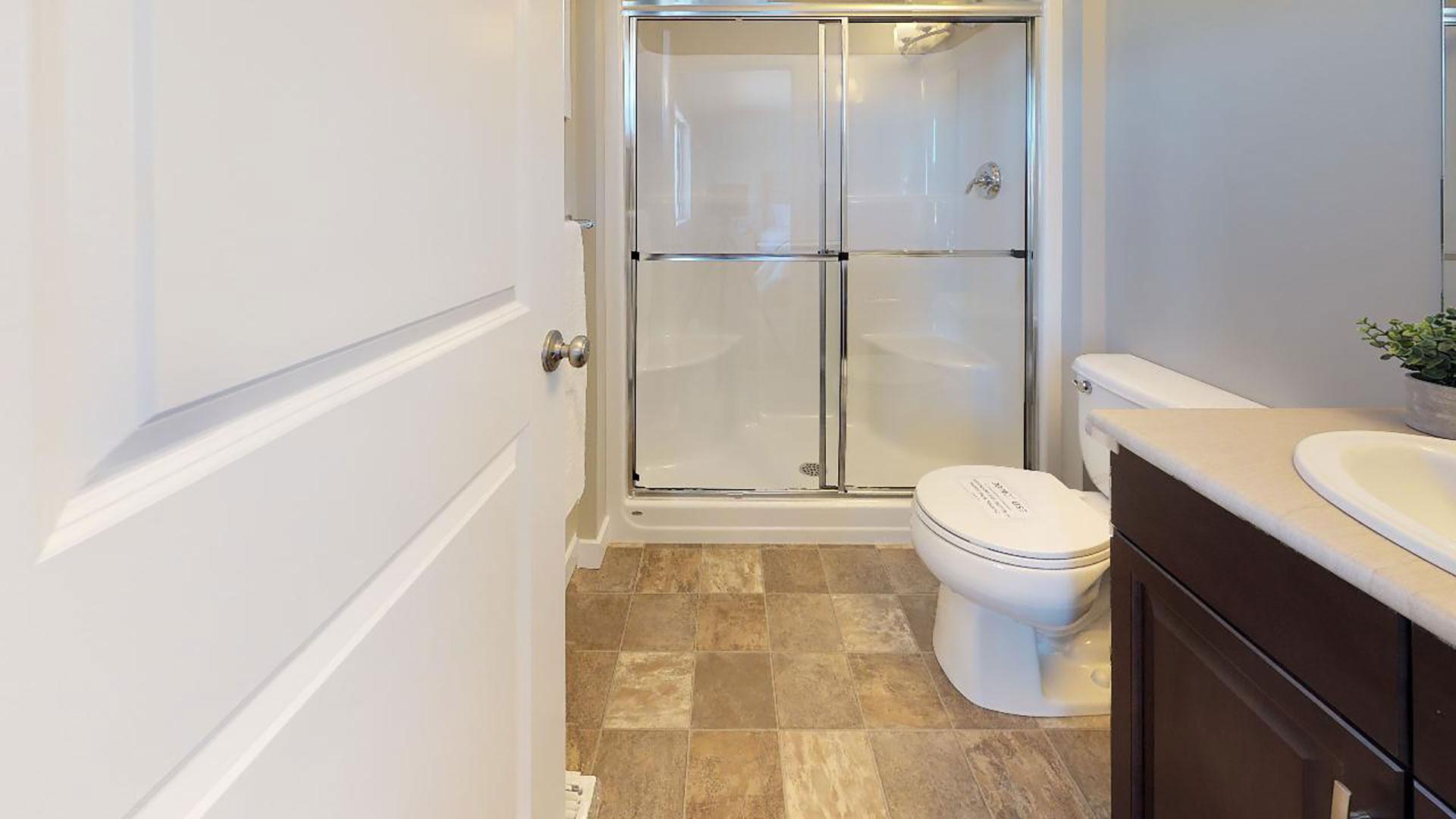 Cambridge-Bathroom(1)