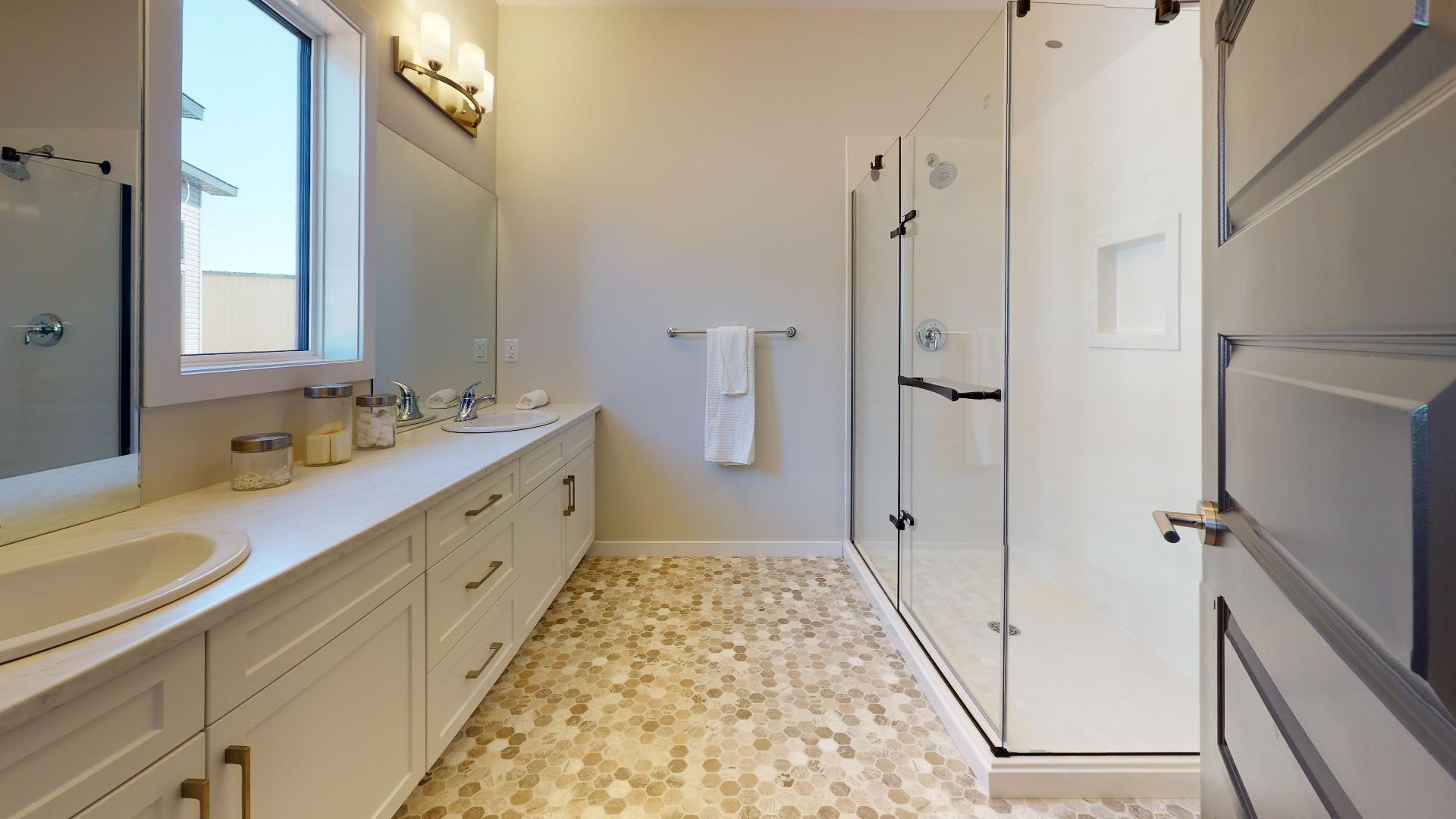 Priarie-Vista-Bathroom