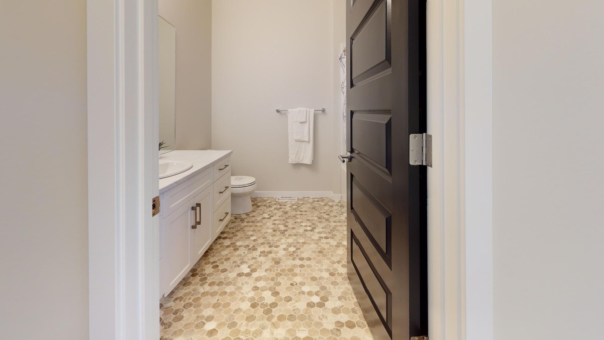 Priarie-Vista-Bathroom1