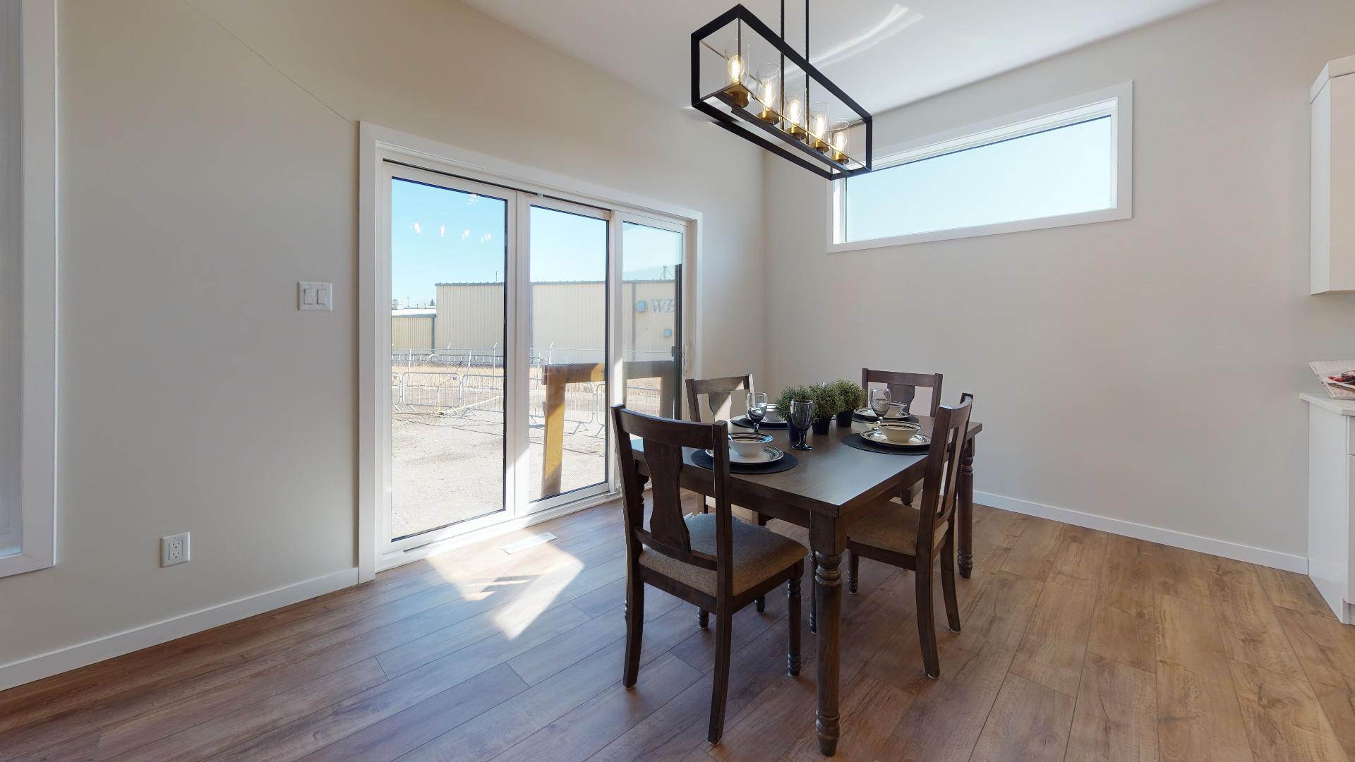 Priarie-Vista-Dining-Room